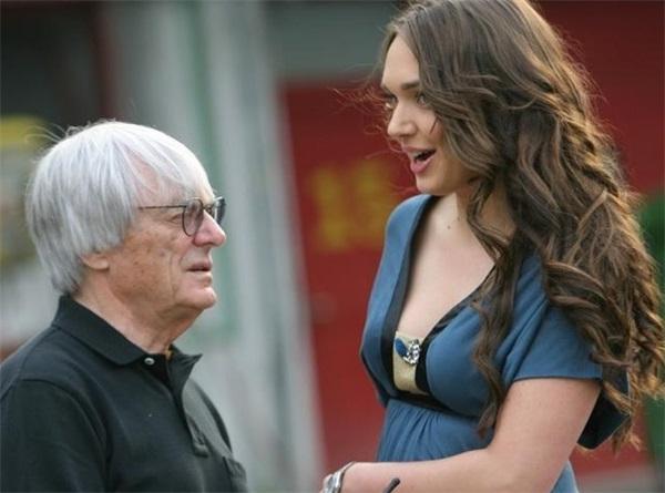 88岁F1总裁又老又矮却能娶到小46岁超模为妻,难道真的因为真爱?