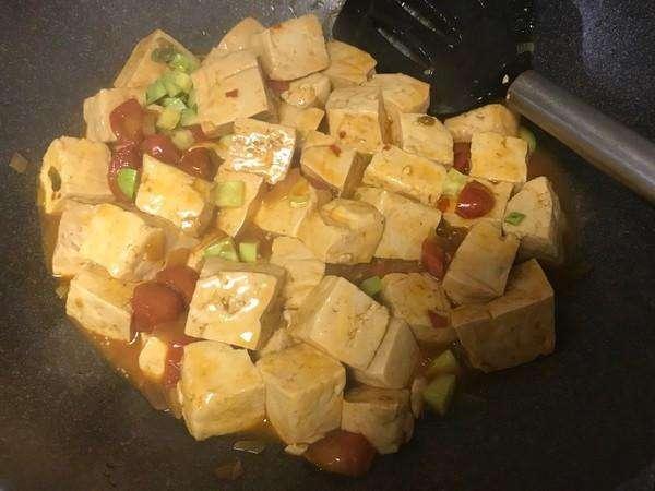 吃豆腐補鈣效果好,可豆腐吃多了會得腎結石?告訴你豆腐正確吃法