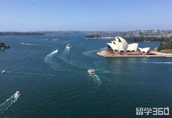 澳洲留学的八大福利介绍 选择它还有机会移民