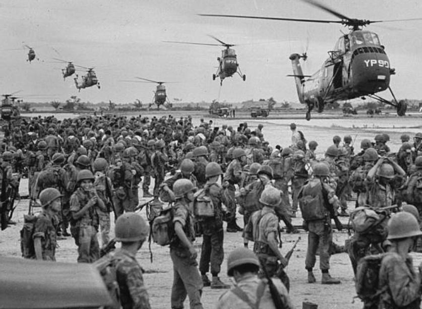 产战争_美越战争中的老照片:在美军的入侵下越南人民饱受折磨