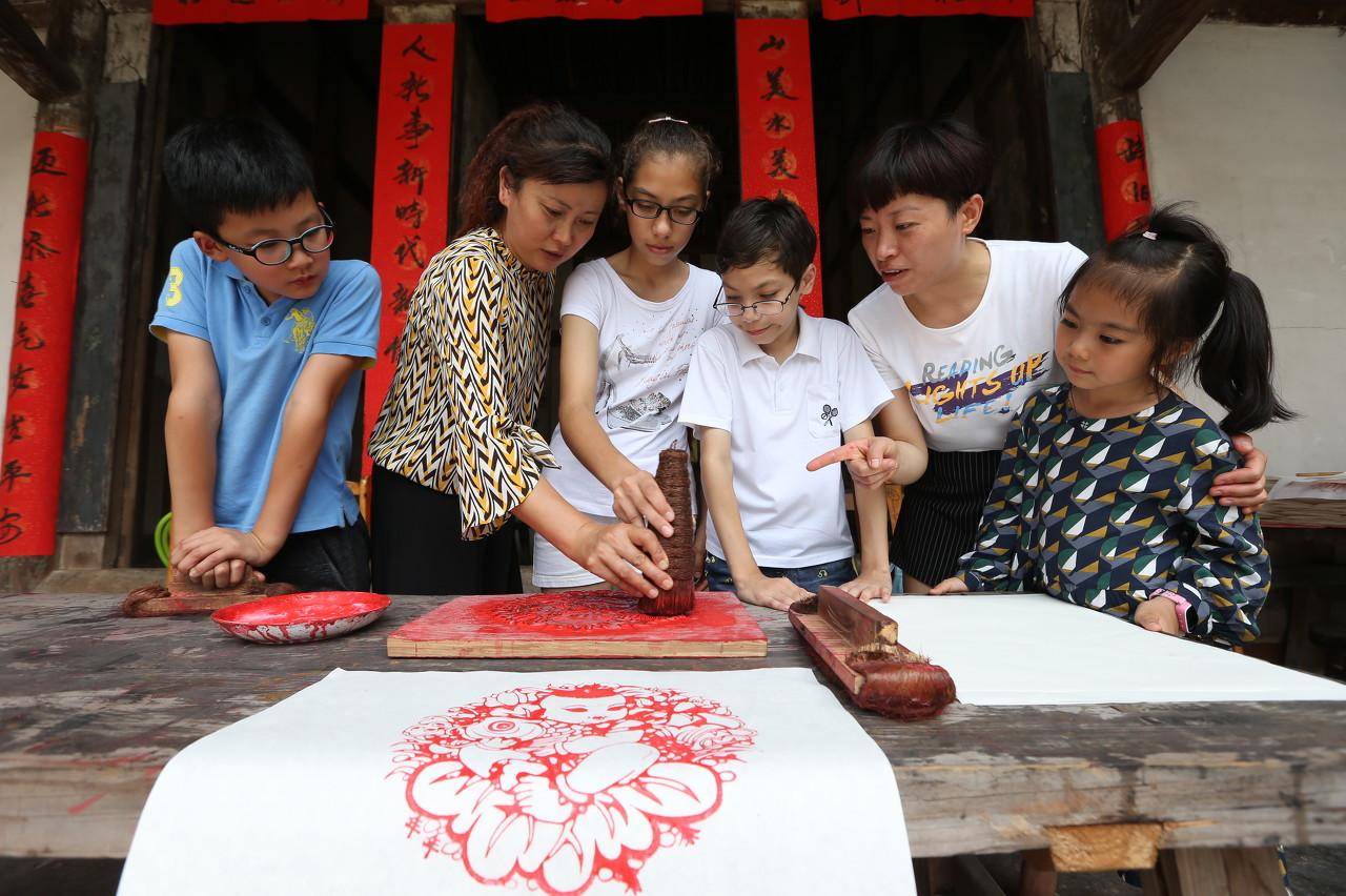 武汉首发中小学研学旅行系列标准:体系化的课程是研学机构评级重点标准