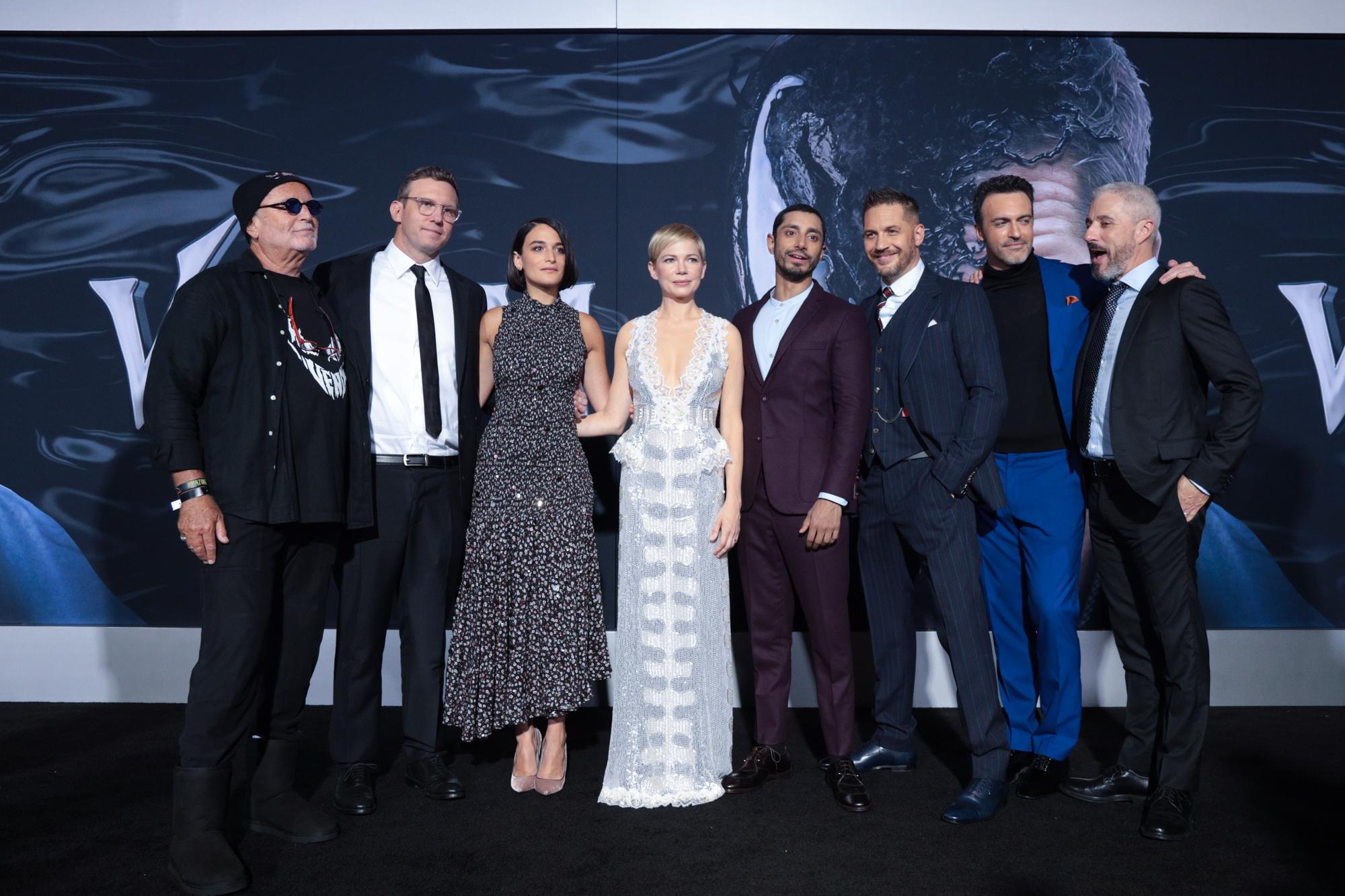 电影《毒液》首周全球豪取2亿美元强势夺冠 腾