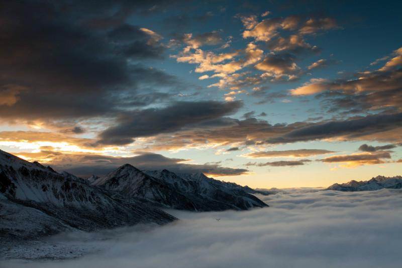 国庆大雪后,折多山日出,云海,佛光美极了! 川藏线旅游攻略 第2张
