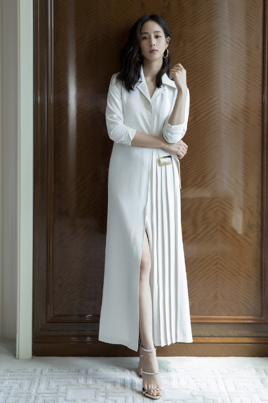 36岁的张钧甯看秀玩起了减龄穿搭!还有她驾驭不了的风格吗?