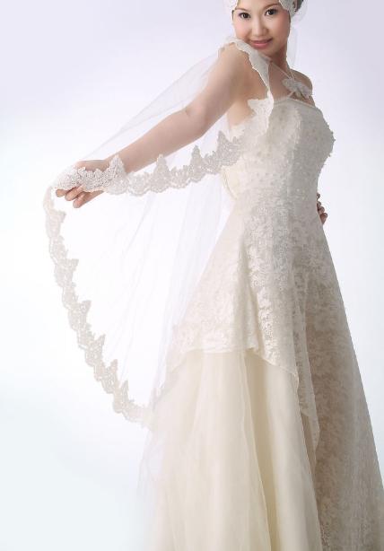 婚纱和小饰品搭配重要性