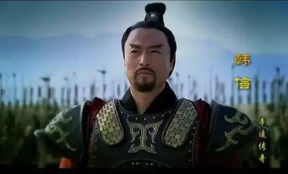 刘备能成就霸业,多亏此人的高明战略 评史论今 第3张