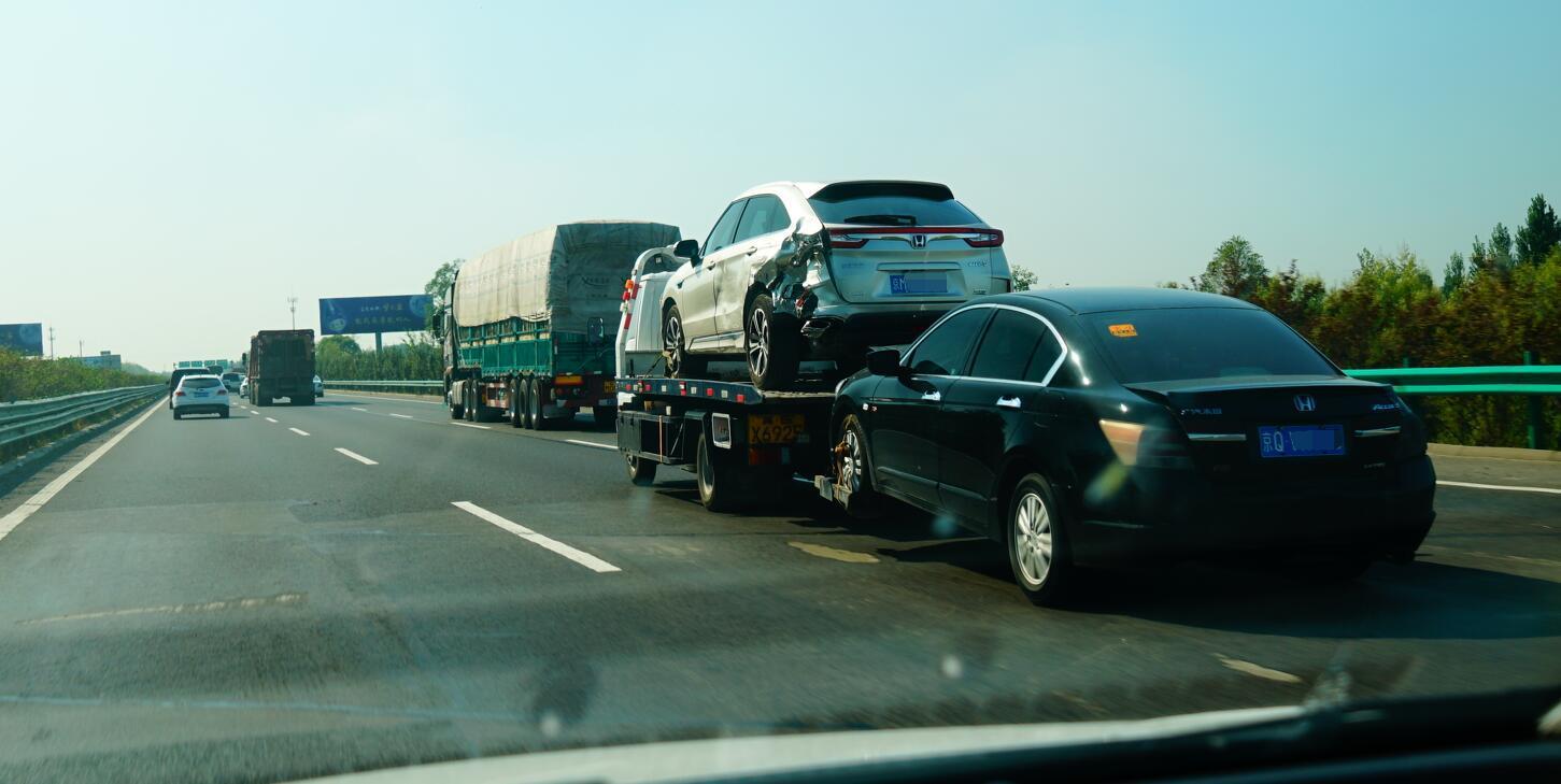 比亚迪最新官方回应, 西安交通事故肇事车主啪啪... _手机网易网