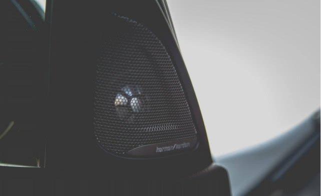 又一汽车音响巨头被收购 曾是全球音响老大 劳斯莱斯都用它产品_