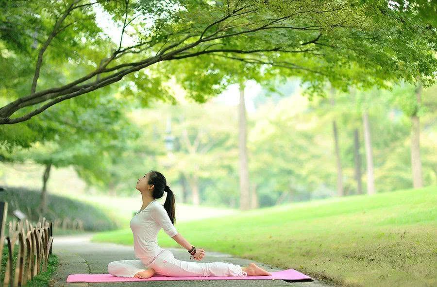 瑜伽的作用,唯美瑜伽人体艺术欣赏,简直绝了,真的超级有感觉 生育能力