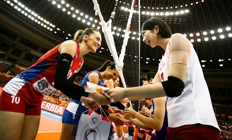 女排世锦赛爆大冷!塞尔维亚遭日本队逆转,被质疑放水