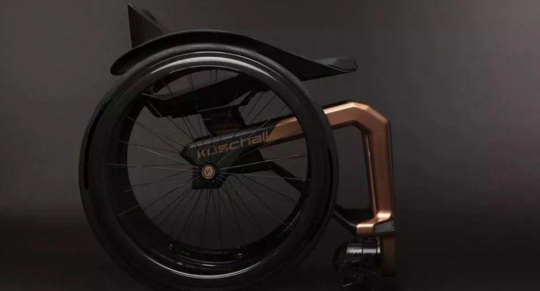石墨烯材料打造世界上最轻的轮椅 创新改变世界图片