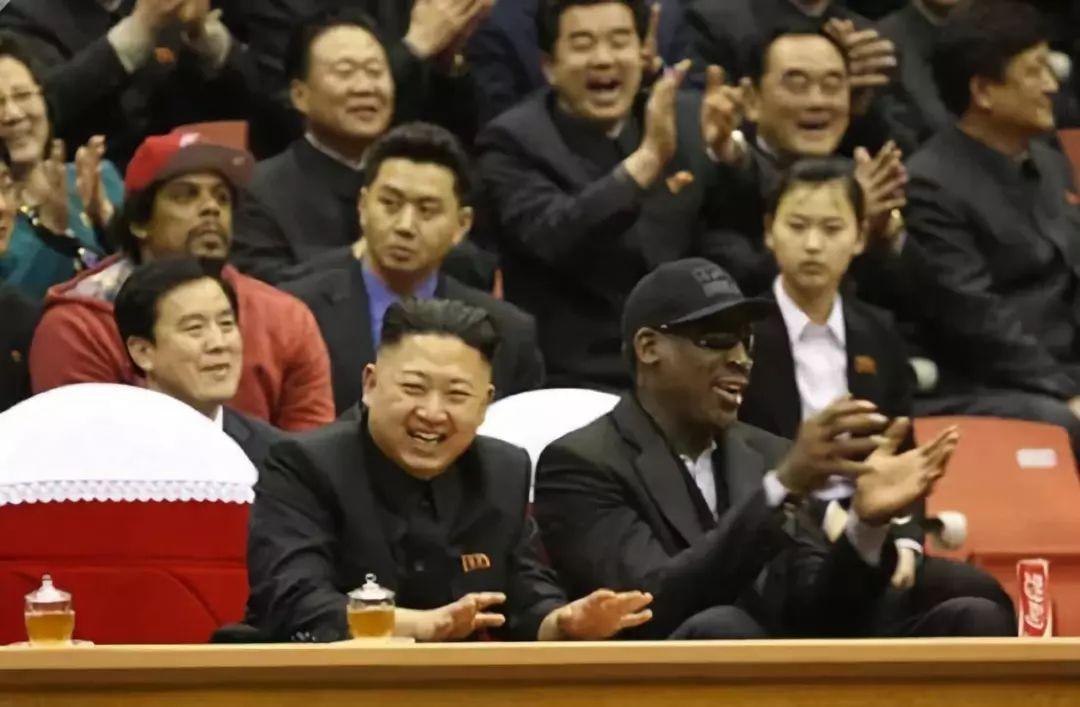 中国和朝鲜在韩国人捐建的体育馆,打了一场比赛