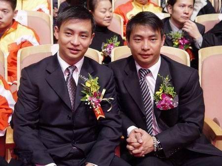 双胞胎冠军李大双和李小双:哥哥二婚娶演员有1女,弟弟白发苍苍