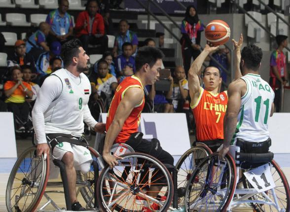 太残暴了!中国队86分吊打东道主 对手的篮球梦彻底破碎了?