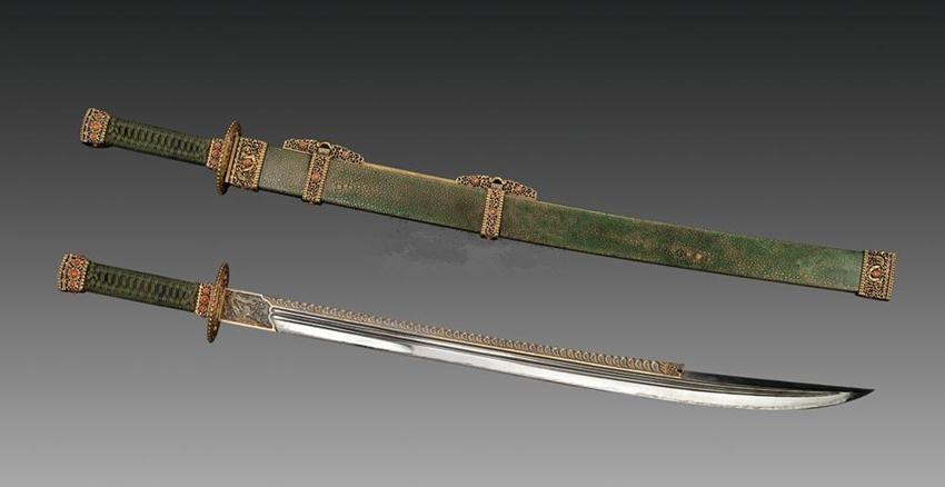 乾隆御用三把刀:一把最快,切铁如泥,一把最壕,世界皇家刀王!