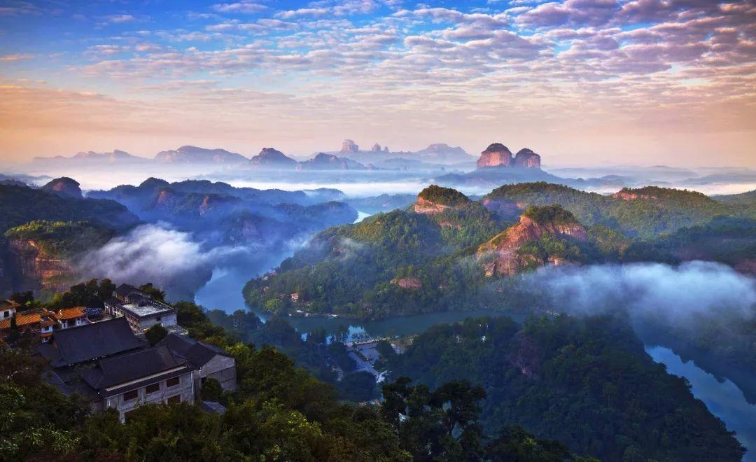"""重磅!下月起,去""""旅行""""将成龙江中小学必修课!这些景点免费>>"""