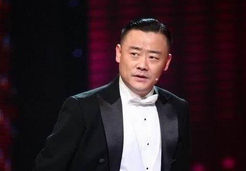 """撕个没完!周立波再发视频 怒斥唐爽""""白眼狼"""""""