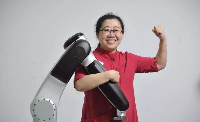 李泽湘:造高端工业机器人 解放工人解决用工荒