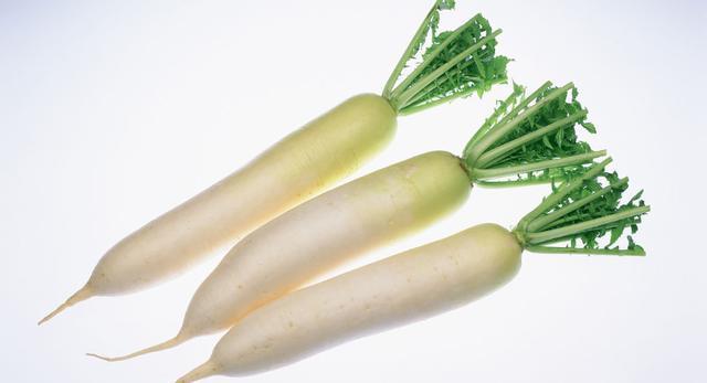 十月萝卜赛人参,但吃法有讲究,不加点它等于白吃