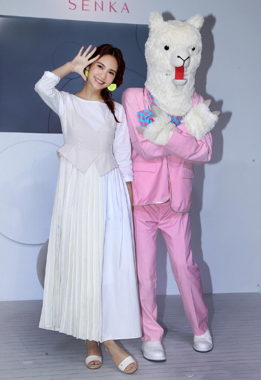34歲的楊丞琳也太逆齡了!一襲白裙甜似小仙女,究竟怎么保養的?