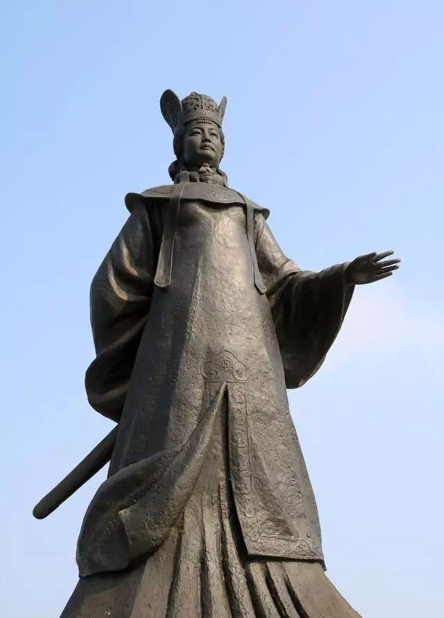 隋朝萧太后_历史上的今天——982年10月13日,辽国萧太后掌握政权