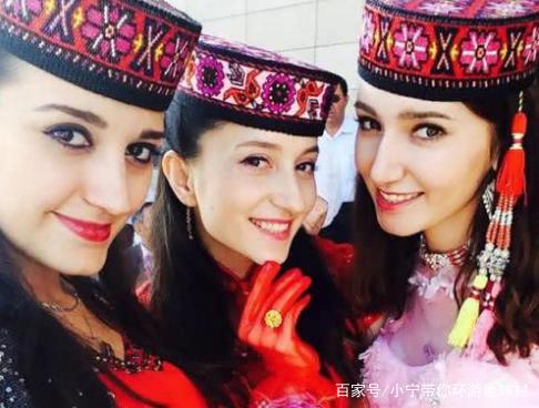 中国最厉害的一个县城,与三个国家接壤,美女很多,见面就亲吻