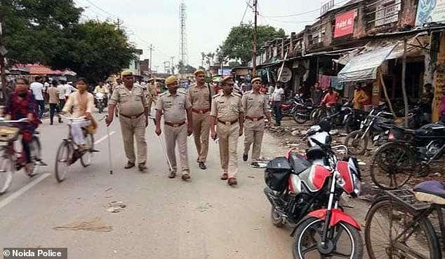 印度13岁男孩因拒绝与已婚妇女发生关系,被妇女用火钳灼烧下体