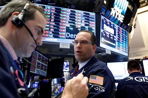 蚂蚁打的:全球股市暴跌,余额宝货币基金跌破2.5%,危机要来了吗?