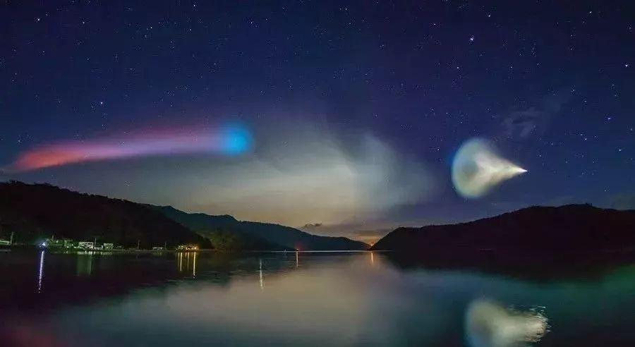 epsilon火箭发射形成的夜光云