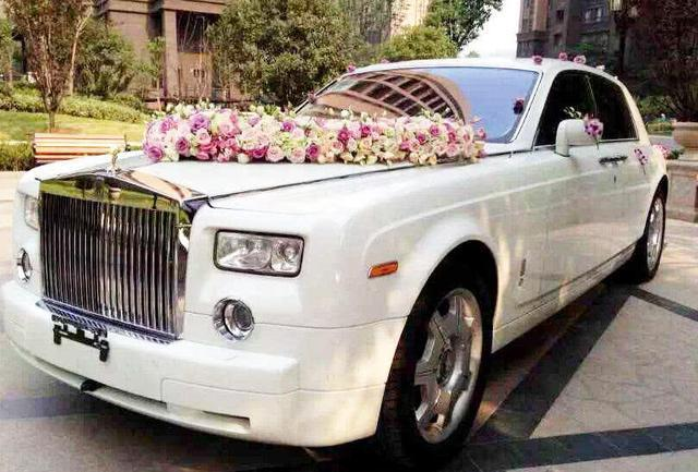 贷款买一辆劳斯莱斯跑婚车一天赚8000元到底能不能赚钱?_广西快