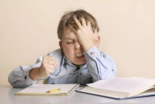 父母有监护权!父母可以合法在加拿大工作吗?图片