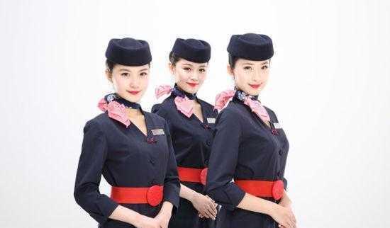 东航空姐照片 东航空姐曝光 东航空姐汪婷婷 东航空姐下班 爱漫网图片