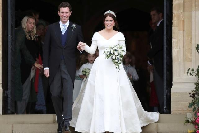英国公主减肥30斤穿婚纱仍太胖!设计师一个小技巧就