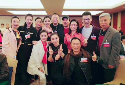 金波再次当选中国文艺志愿者协会理事