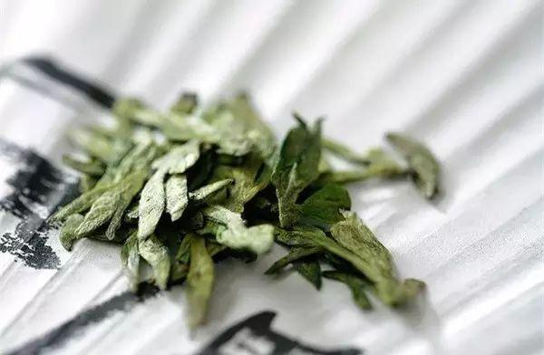 """绿茶怎么冲泡才好喝——""""三招""""教你泡绿茶"""