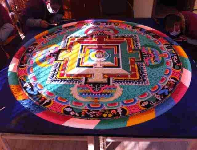 你见过西藏的坛城吗?世间繁华,不过一掬沙