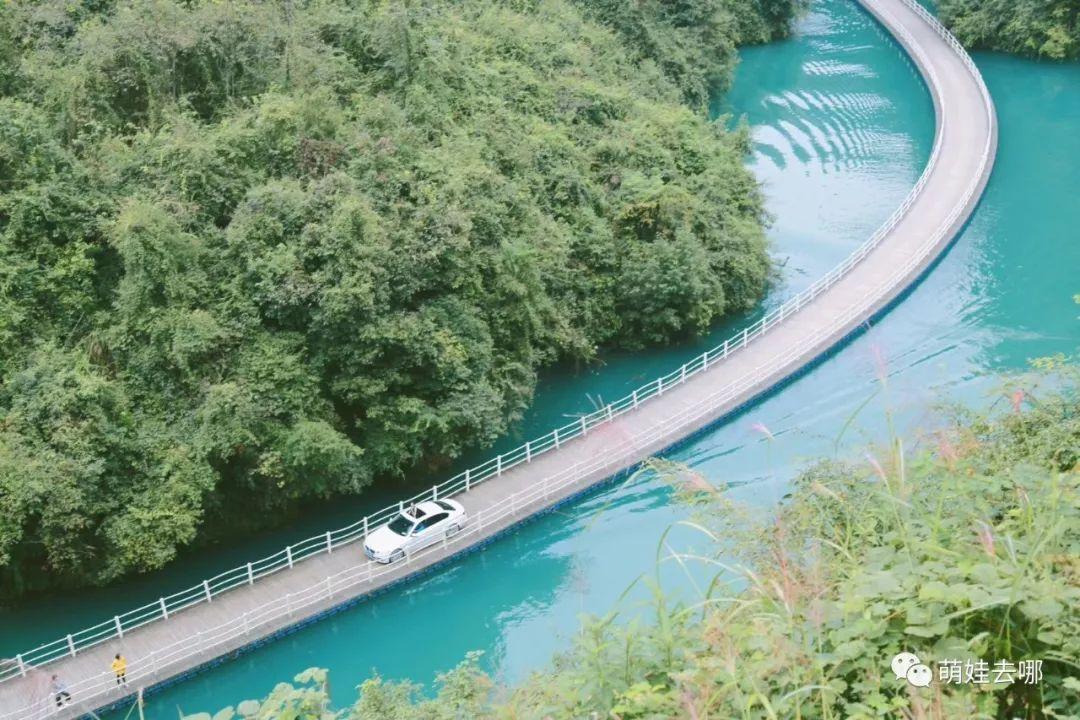 恩施有多少人口_恩施梭布垭石林景区风景图片,照片 途牛(2)