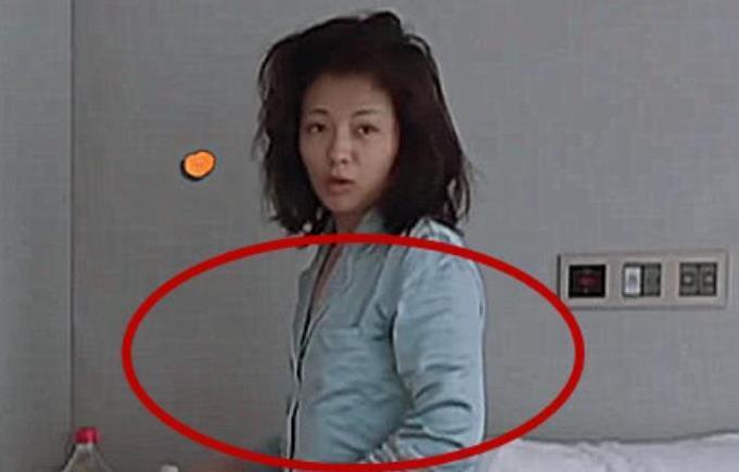刘涛素颜起床照曝光 网友:认不出来是谁