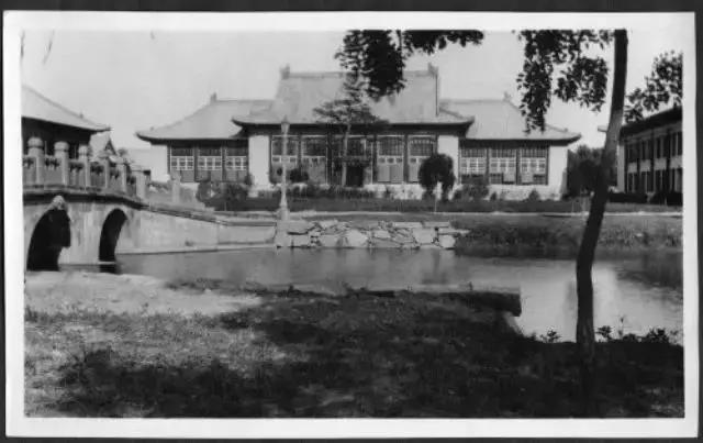 1934年北大中文系课表(真羡慕那个时代的北大学生!)