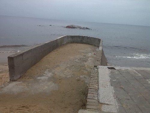 湛江吴川有一个很美的沙滩,名叫吉兆湾