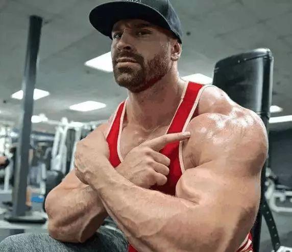 练散打的肌肉和健身者的肌肉,差距有多大?