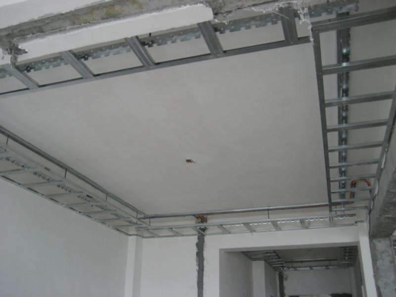 在兰州装修新房吊顶选用木龙骨好