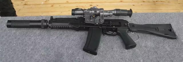 56mm口径,后者是发射m43弹的7.62mm口径.