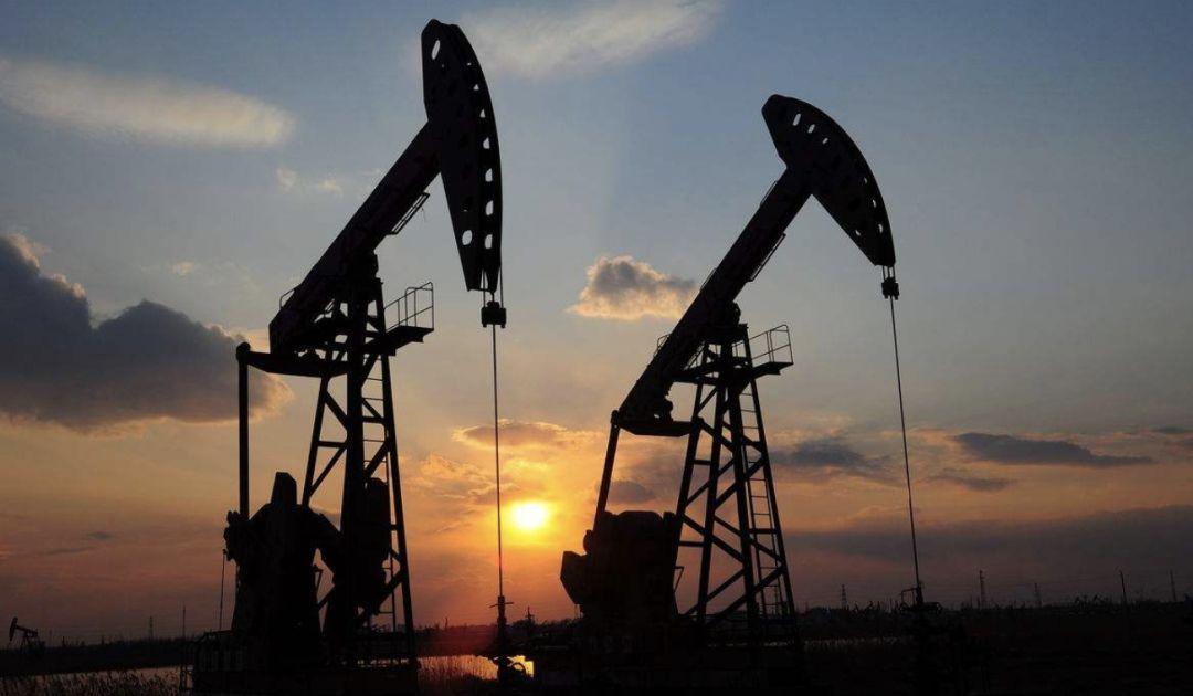 石油经济总量_中国石油消费总量图
