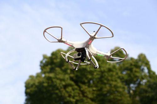 蒂尔集团:全球民用无人机10年后将飞速发展