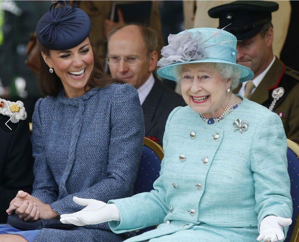 """梅根不守""""規矩""""?升級為媽媽的她竟多次上過女王穿搭""""黑榜"""""""