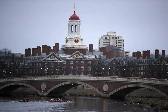 哈佛大学神秘录取程序曝光 数据告诉你哪些学生更容易被录取