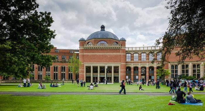 明年起,伯明翰大学将把高考成绩纳入本科录取标准