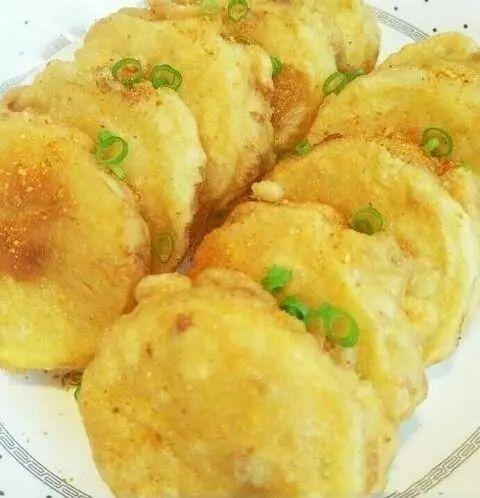 这才是土豆最好吃的做法,分分钟教你学会怎么做,又香又脆又好吃!