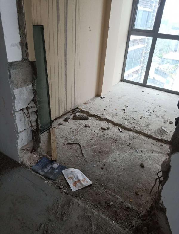 深圳锦上花园小区526户被指违建,执法队查处遇阻